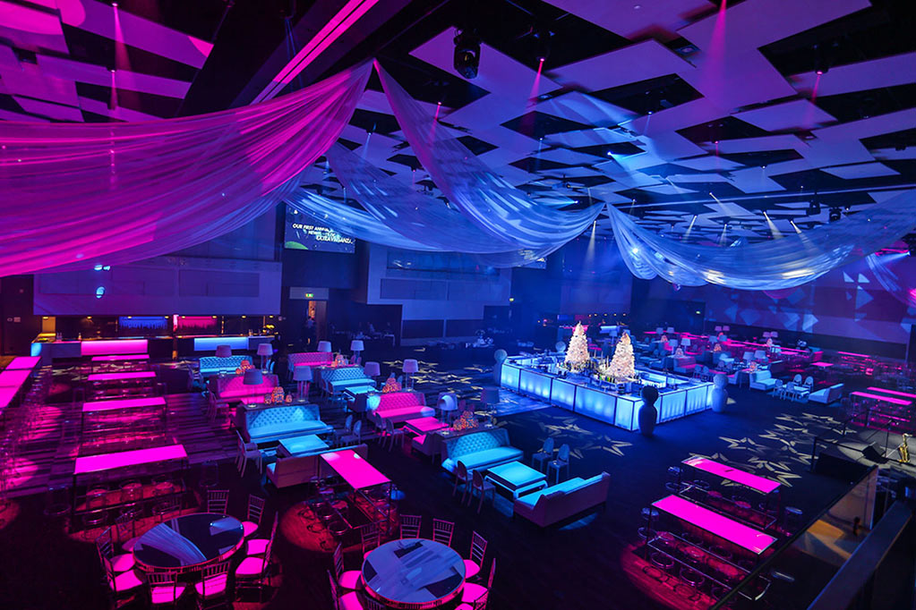 Universal Eventspace 124