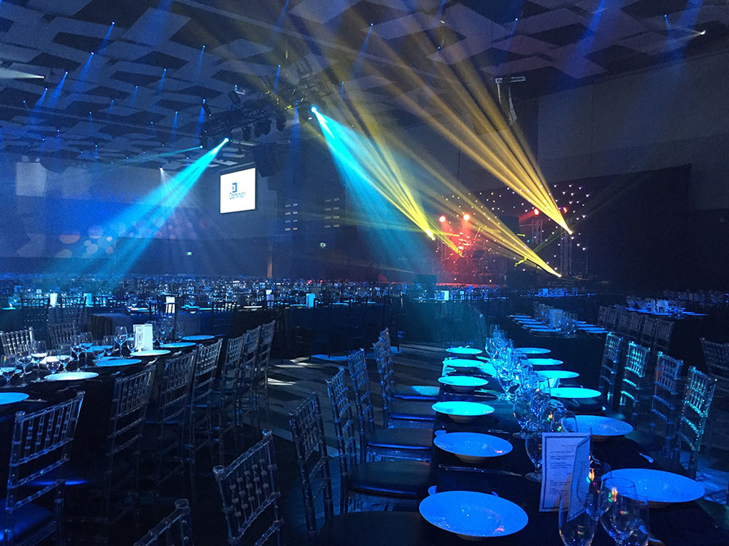 Universal Eventspace 105